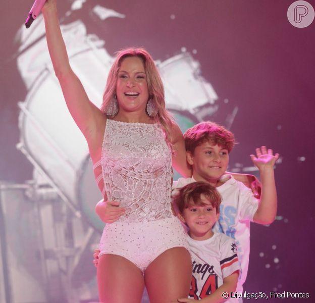 Claudia Leitte é mãe de Rafael, de 6 anos, e Davi, de 9, com quem a semelhança impressiona internautas