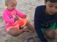 Eliana clica Manuela, de neon, em dia de praia com Arthur: 'Meus pequenos'