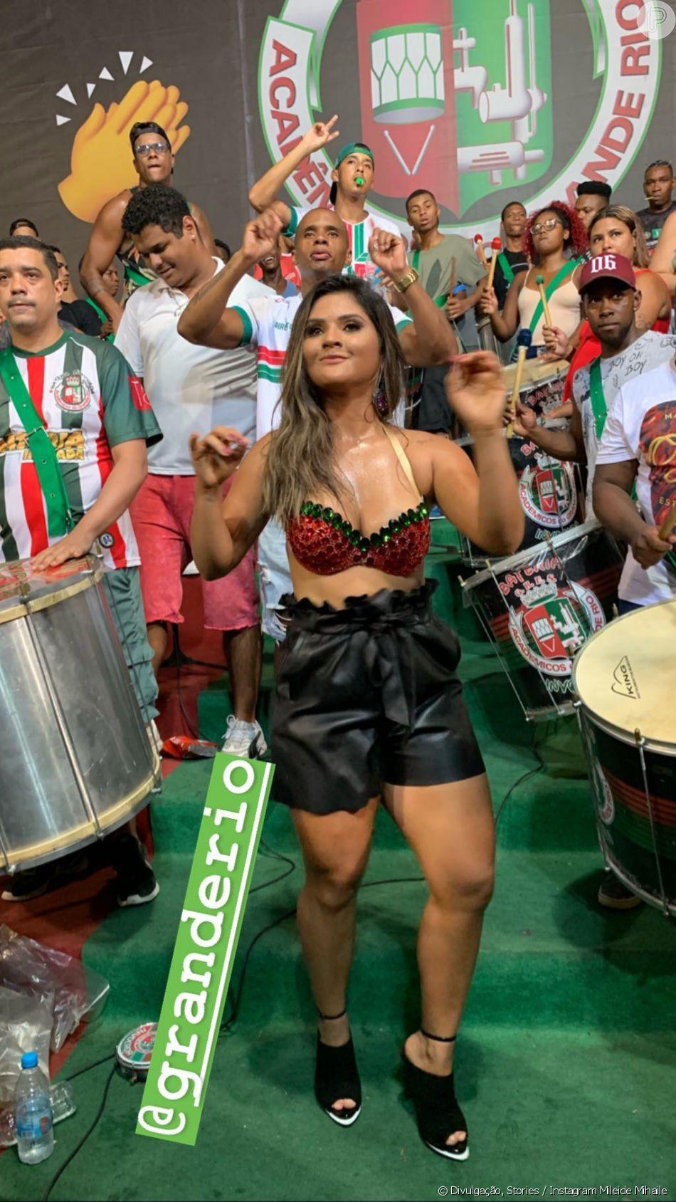 Mileide Mihaile mostra samba no pé em ensaio da Grande Rio