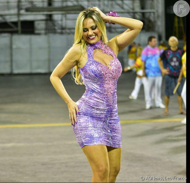 Ellen Rocche participa do segundo ensaio técnico da Rosas de Ouro na noite desta quinta-feira, 07 de fevereiro de 2019, em São Paulo