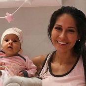 Mayra Cardi e filha, Sophia, de 3 meses, combinam pijama: 'Coisinha linda'.Fotos