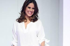 Camilla Camargo desfila durante semana de moda de shopping em São Paulo