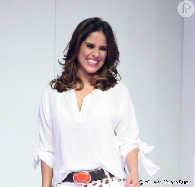 Camilla Camargo desfila na semana de moda do Shopping Internacional de Guarulhos, em São Paulo, em 24 de setembro de 2014
