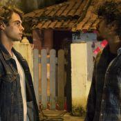 'Verão 90': João deixa cadeia e dá soco em Jerônimo durante briga. 'É um nada!'