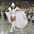 A fantasia de Lívia Andrade foi elaborada por Michelle e era feita de vinil, PVC e seda