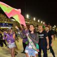 Bruna Marquezine cantou o enredo e segue Mangueira na Avenida no carnaval do Rio