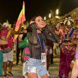 Bruna Marquezine prestigiou a Mangueira na Avenida no carnaval do Rio de Janeiro