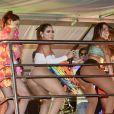 Anitta, Lexa e Laura Neiva se divertiram em cima do trio