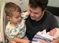 Sertanejo Matheus mostra filho recém-nascido e surpreende web: 'É um boneco?'