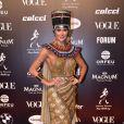 Baile da Vogue: Vestido de Ana Paula Siebert teve mix de texturas e contraste de cores vibrantes em detalhes