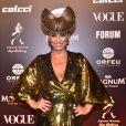 Baile da Vogue: adereço de cabeça de Suzana Pires deu ainda mais destaque ao look