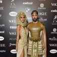 Baile da Vogue: Francesca Monfrinatti e Ian Acciolli de dourado e detalhes que fazem a diferença em um look