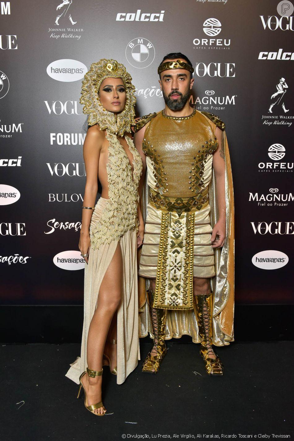 89cd8f4f0efca Baile da Vogue  Francesca Monfrinatti e Ian Acciolli de dourado e detalhes  que fazem a diferença em um look