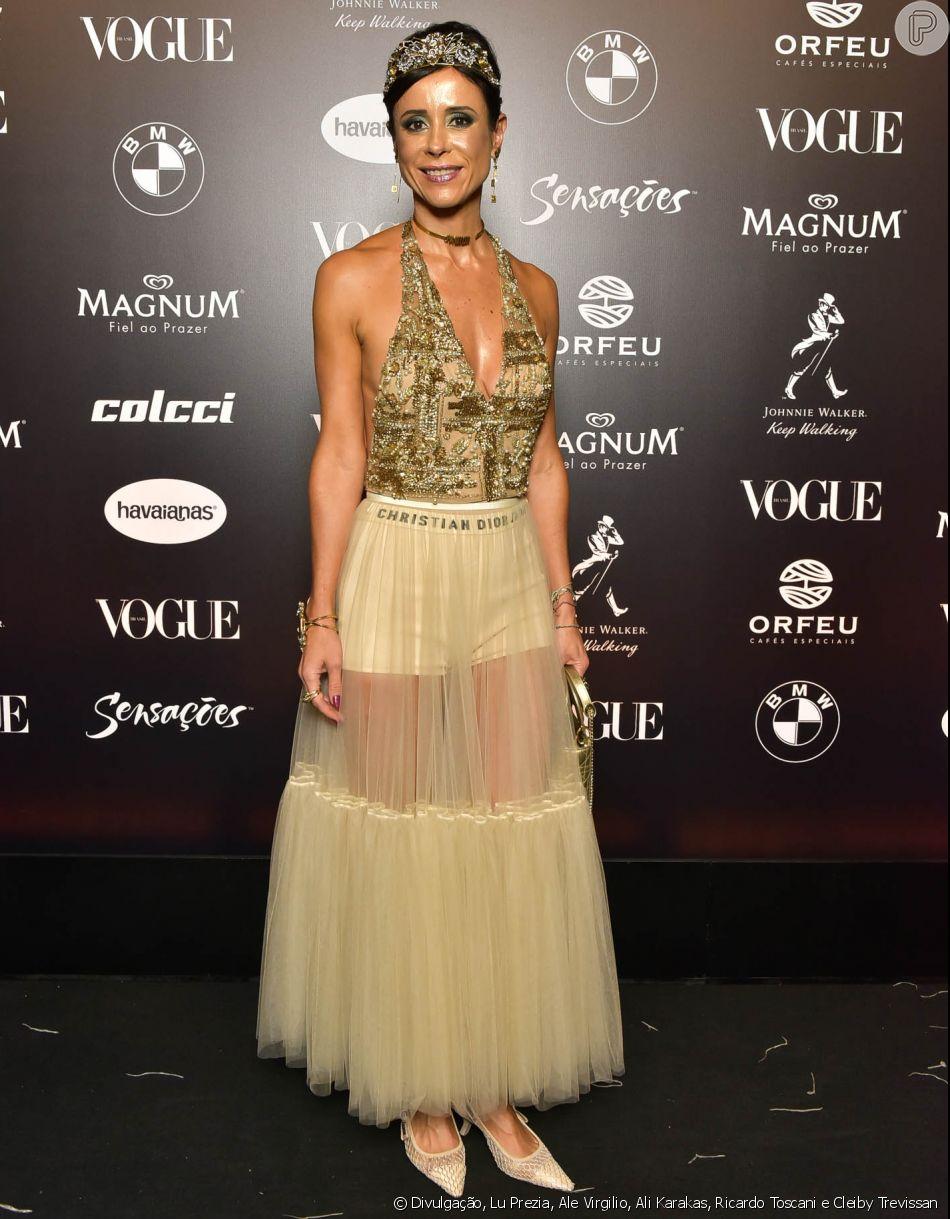 55267e2e4 Baile da Vogue: Priscila Monteiro com body bordado e saia de tule com  transparência