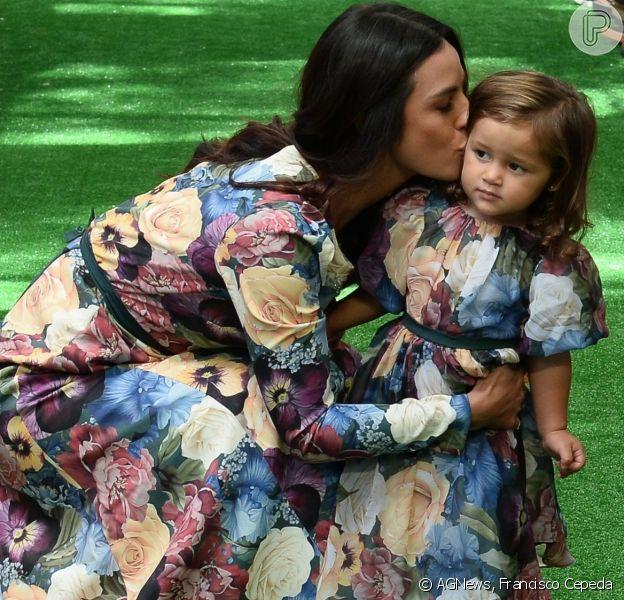 Madalena, filha de Yanna Lavigne e Bruno Gissoni, fez sua estreia nas passarelas neste domingo, 24 de março de 2019