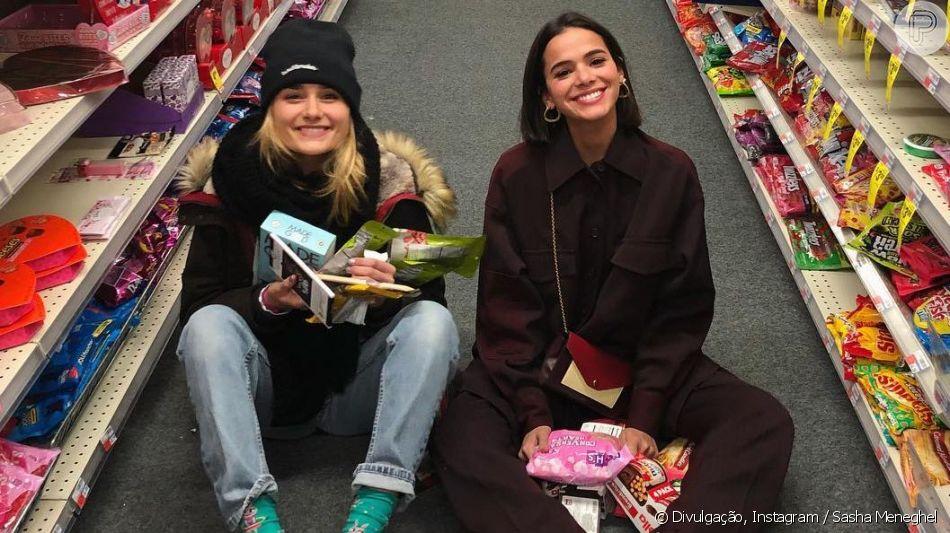 Xuxa Meneghel entrega que Sasha e Bruna Marquezine são bagunceiras: 'As piores'