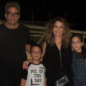 Filhos de Cláudia Abreu chamam atenção pela altura em evento com os pais. Fotos!