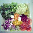 A cantora come muitas verduras e legumes e ensina os leitores do Purepeople a fazer uma de suas receitas favoritas: a saladinha da mama
