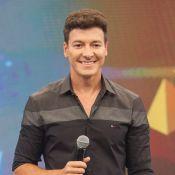 Rodrigo Faro exalta liberdade na TV e relação de 22 anos com a mulher:'Perfeita'