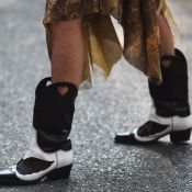 Bota com vestido e saia: 10 looks de outono/inverno para inspirar