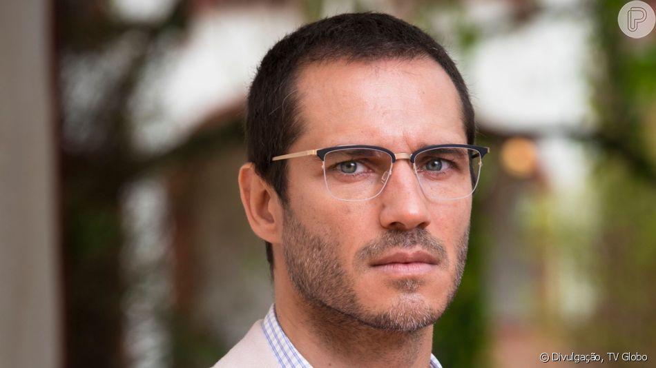 Morte nos guardiães! Na novela 'O Sétimo Guardião', Aranha (Paulo Rocha) vai cair em armadilha do serial killer e será o quinto guardião morto.