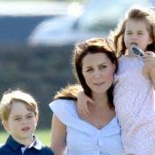 George e Charlotte estouram o fofurômetro em dia no parque com a mãe. Fotos!