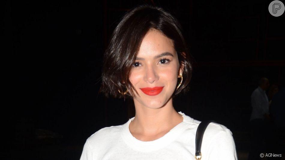 Bruna Marquezine mostrou neste domingo, 21 de abril de 2019, detalhes de seu look grifado usado na noite de sábado no Coachella