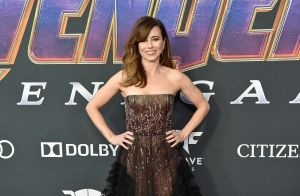 Vestidos metalizados, vibrantes e brilhosos: os looks de 'Vingadores: Ultimato'