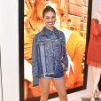 Isis Valverde está c ada vez mais   antenada   no mundo da   moda