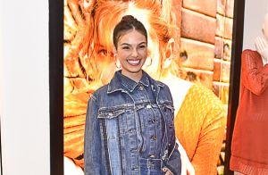 Isis Valverde elege look all jeans e bota no estilo western para evento. Fotos!