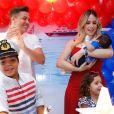 Wesley Safadão reuniu a mulher, Thyane Dantas, e os filhos no mêsversário do caçula, Dom