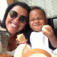 Regina Casé também já era mãe quando decidiu adotar Roque