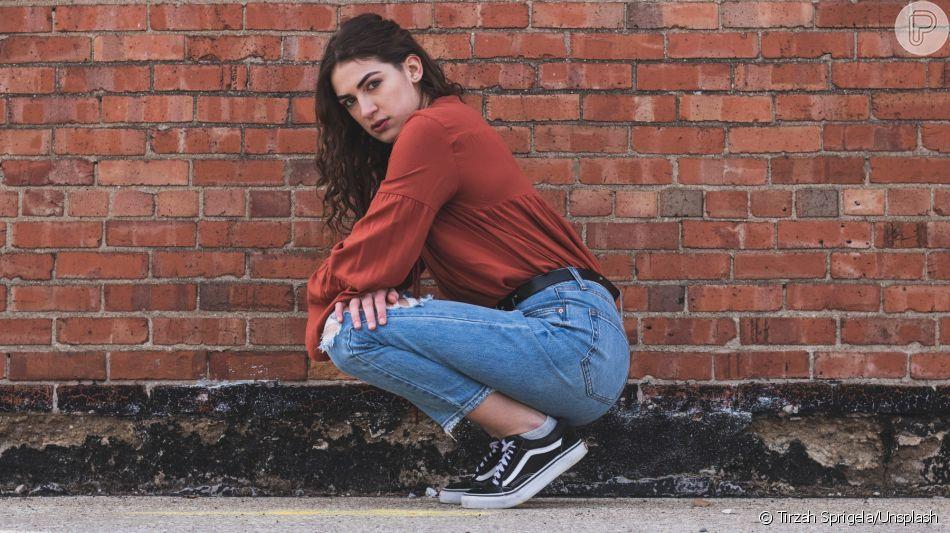 777868fb7 Calça jeans e tênis não sai da moda! Saiba como usar essa combinação com  estilo