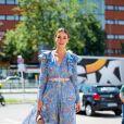 Vestido floral: na semana de moda de Berlim, o look floral com mangas longas também foi hit