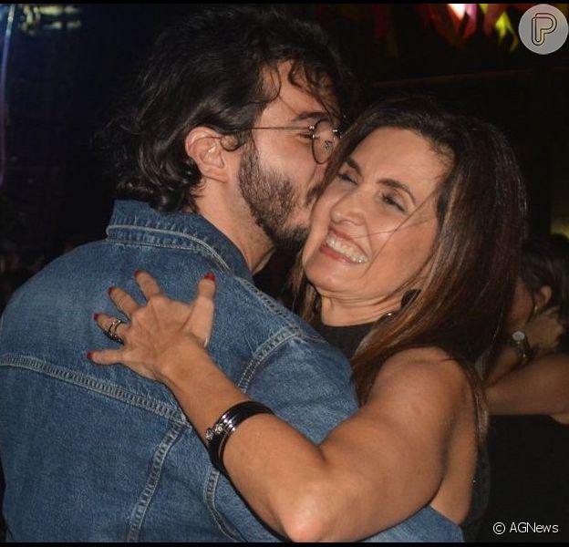 Fátima Bernardes e Túlio Gadêlha se divertiram neste fim de semana em uma festa junina promovida pela apresentadora do programa 'Encontro'