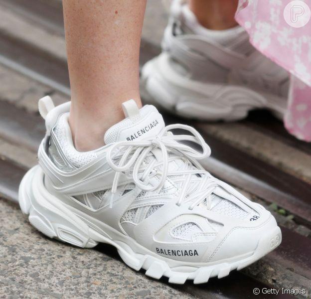 Chunky sneakers: os tênis enormes se tornaram queridinhos entre os fashionistas