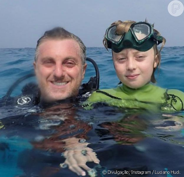 Luciano Huck mostra o filho Benício de volta ao mar um mês após acidente