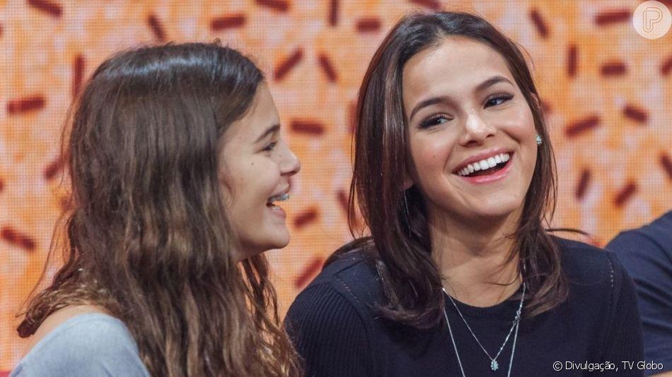 Bruna Marquezine elogia mudança radical no cabelo da irmã, Luana, em vídeo nesta terça-feira, dia 06 de agosto de 2019