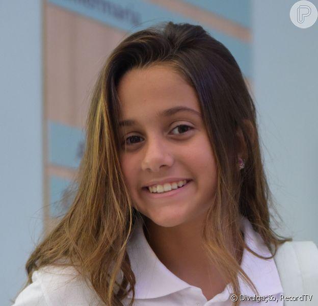 Nos próximos capítulos da novela 'Topíssima', Jade (Myrella Victória) é sequestrada a mando de Pedro (Felipe Cardoso). 'Não vai ser uma pessoa muito fácil de lidar', conta ao Purepeople