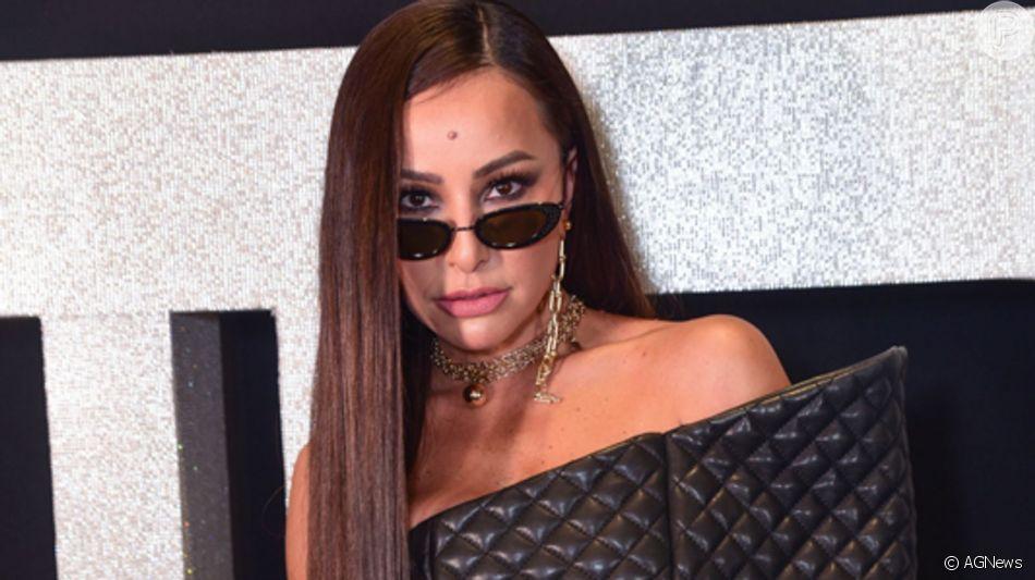Sabrina Sato aposta em look de mais de R$ 400 mil para festa da Balmain nesta segunda-feira, dia 26 de agosto de 2019