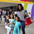 Gloria Maria adotou Laura, de 5 anos, e Maria, de 6 anos, em um orfanato da Bahia, em 2009