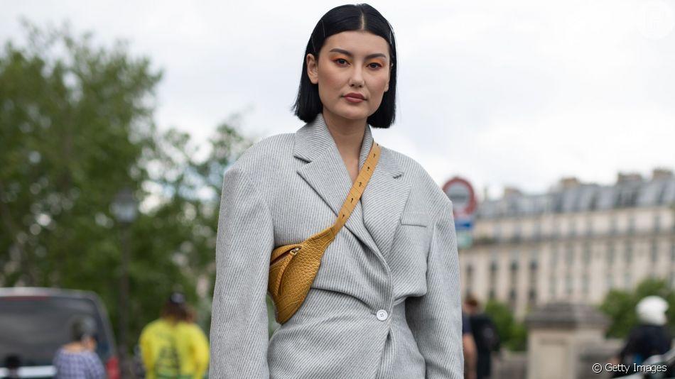 Looks com pochete: inspire-nas várias formas de usar o acessório fashion!