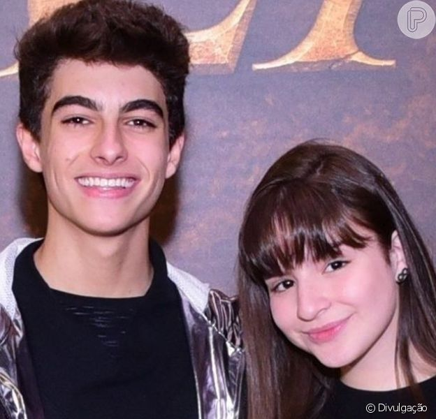 Sophia Valverde e o namorado, Lucas Burgatti, andaram de bondinho ao visitarem o Pão de Açucar no Rio de Janeiro: 'Estou com medo!'