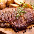 Proteína animal é a base da dieta da proteína e cortes mais gordos são bem-vindos