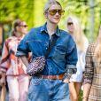 Conjuntinho jeans: invista no combo camisa e short em denim para o Rock in Rio