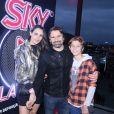 Murilo Rosa e Fernanda Tavares curte festival Rock in Rio com filho, Artur Rosa