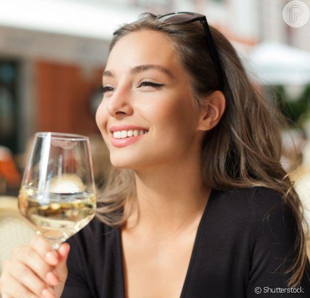 Qual bebida alcoólica engorda menos? Nutricionista explica qual a melhor opção para quem está de dieta e quer emagrecer