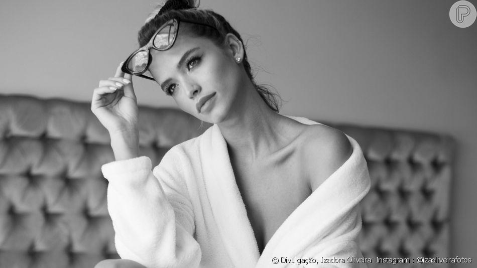 Fotos de noiva de Kaká, Carol Dias, chama atenção em ensaio sensual de lingerie nesta quinta-feira, dia 10 de outubro de 2019
