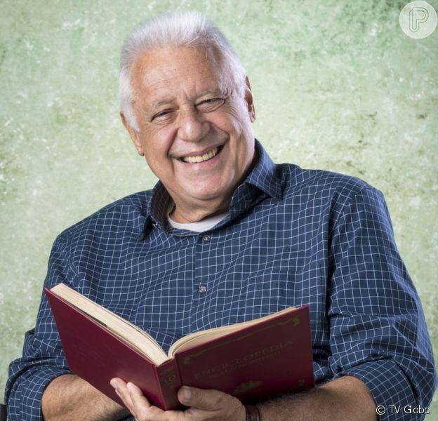 Alberto (Antônio Fagundes) desenvolve interesse por Vera (Ângela Vieira) na novela 'Bom Sucesso'