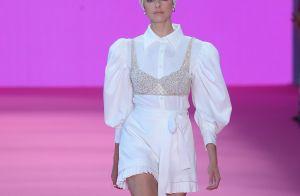 Camisa branca é a queridinha da vez e essas 9 fotos provam que a peça é fashion!